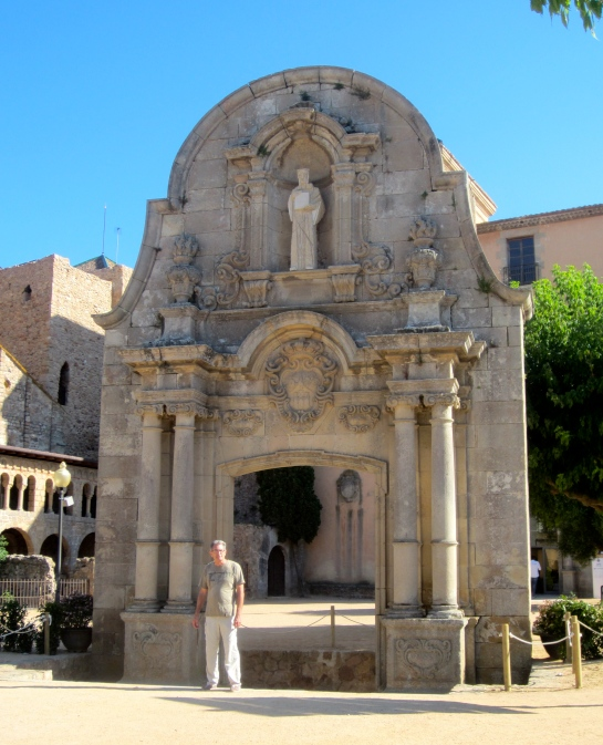 Ben at the Arc de Sant Benet (1747)