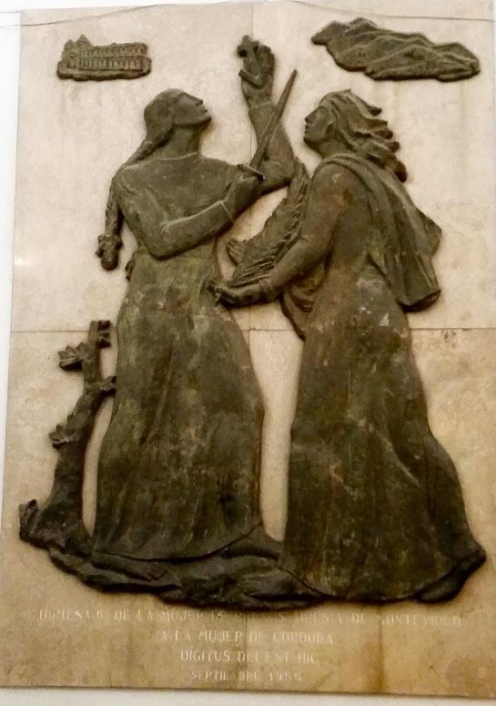 monumento a la Mujer Córdobesa